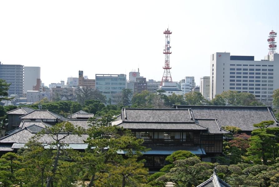 高松城 月見櫓からの高松市街地