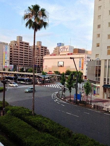 徳島駅前のロータリー